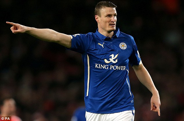 29EF8AFF00000578-3137809-Leicester_have_completed_the_signing_of_defender_Robert_Huth_fro-m-38_1435164789029