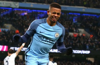 MANCHESTER, ENGLAND - JANUARY 21:  Gabriel Jesus of Manchester City celebrates as he thinks he has scored Manchester City third goal but it was rulled for offside during the Premier League match between Manchester City and Tottenham Hotspur at the Etihad Stadium on January 21, 2017 in Manchester, England.  (Photo by Alex Livesey/Getty Images)