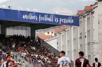 Pomagamy i wygrywamy bez względu na wynik. Piękny gest Eibar