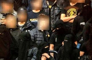 Zakaz zakrywania twarzy na trybunach? Szwedzcy kibice obeszli to w kontrowersyjny sposób