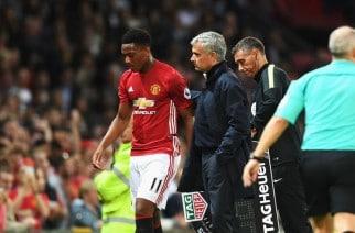 """Mourinho w swoim stylu pobudza kolejnego zawodnika. Martial w konflikcie z """"The Special One""""?"""