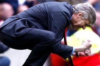 Wenger znów odleciał – zabrano mu… trofeum Ligi Mistrzów