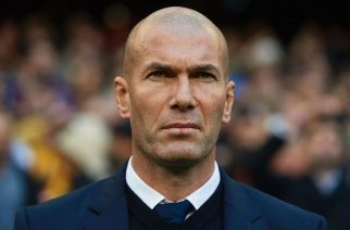 """Według Raphaela Varane'a, Zinedine Zidane ma zadatki na selekcjonera """"Trójkolorowych"""""""