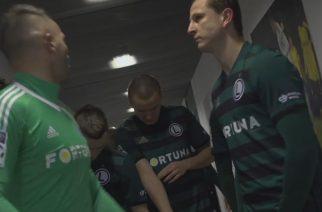 Trzeci komplet meczowy Legii Warszawa (screen: Kulisy Legia-Górnik, youtube/legiawarszawa)