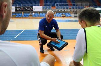 Artur Gadzicki - trener AZS UMCS Lublin Futsal Team (fot. Facebook/AZS UMCS Lublin Futsal Team)