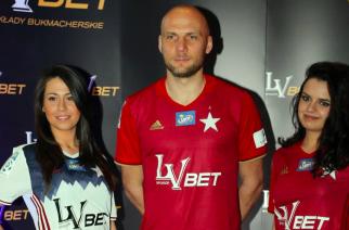 LV BET zostaje z Wisłą Kraków na dłużej. Drugi najwyższy ekstraklasowy kontrakt z firmą bukmacherską?