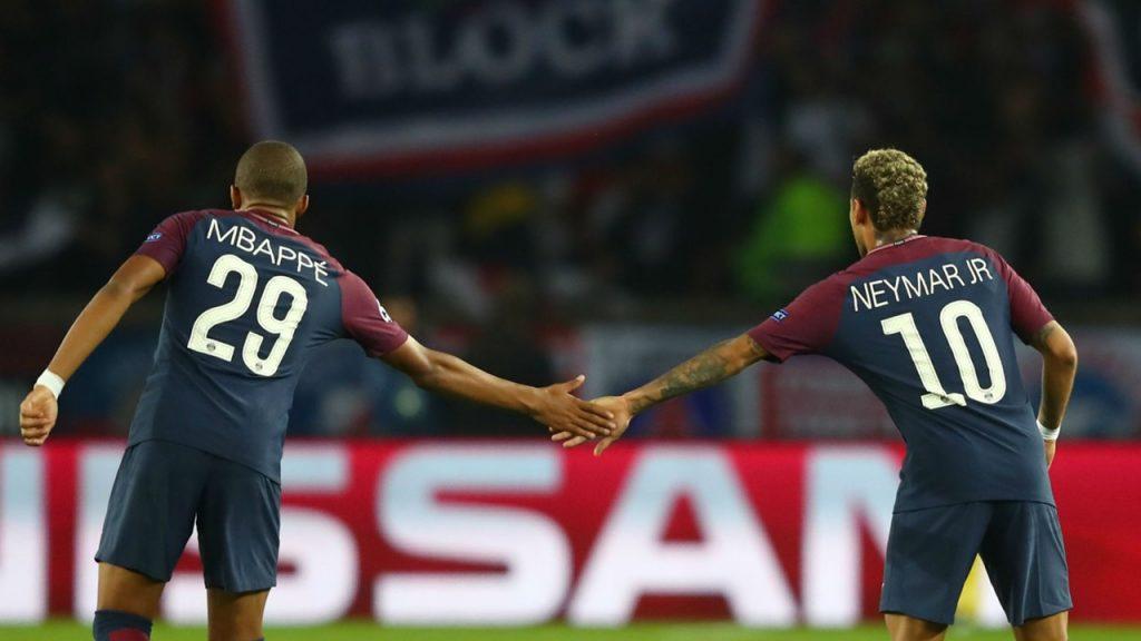 UEFA bada transfery Neymara i Mbappe