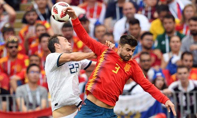 Hiszpańska prasa w Pique znalazła winnego porażki z Rosją