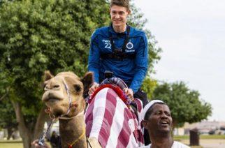 Wywiad z piłkarzem – na wielbłądzie. Club Brugge poleciało po bandzie