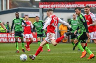 Fleetwood Town i Plymouth Argyle. Obecnie 10. i 12. drużyna League One