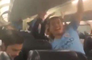 Piłkarze Manchesteru City w bezczelny sposób drwią z Liverpoolu po zdobyciu mistrzostwa [WIDEO]