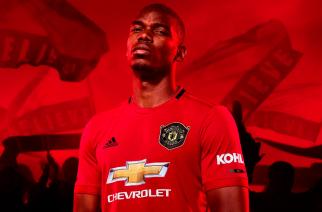"""Kibice wyśmiewają nowe  koszulki Manchesteru United. """"Zrobili to, a grają w Lidze Europy"""""""