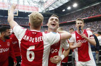 """Kolejny pomocnik opuści Ajax? """"On chce trafić do United lub Tottenhamu"""""""