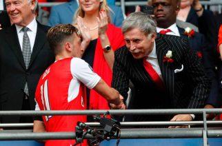 Po co płakać, jak można się pośmiać? Kibic Arsenalu zadrwił z działań klubu na rynku!