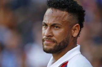 Neymar oddala się od Barcelony. Na własne życzenie