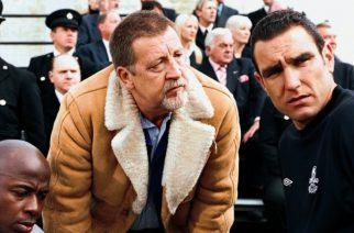 """Vinnie Jones (po prawej) w filmie """"Mecz ostatniej szansy"""""""