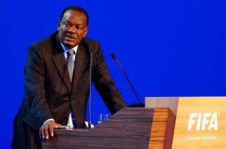Prezydent piłkarskiej federacji oskarżony o molestowanie?!
