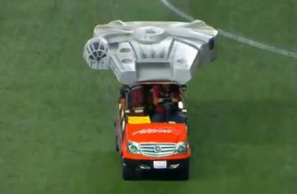 Sokół Millennium jako pojazd przeznaczony dla kontuzjowanych graczy. Nietypowy pomysł w lidze meksykańskiej!