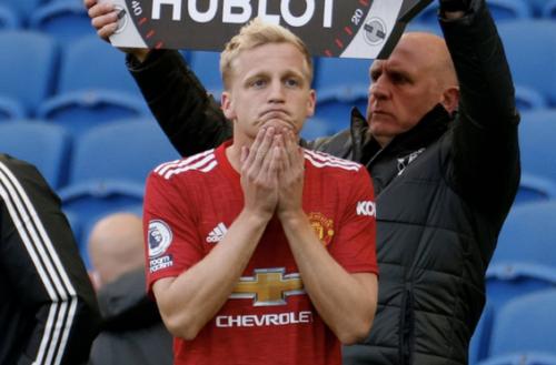 Marco van Basten o transferze Donny'ego van de Beeka: Nie powinien przechodzić do Manchesteru United