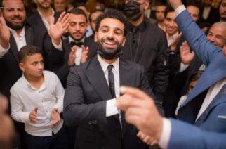 Były reprezentant Egiptu krytykuje Salaha – Kilkaset osób pocałowało go w policzek