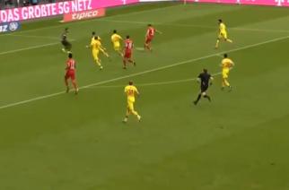 Robert Lewandowski strzela 27. gola w trwającym sezonie Bundesligi! [WIDEO]