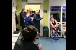 Wielka klasa Mourinho. Pojawił się w szatni Dinama, by pogratulować im zwycięstwa! [WIDEO]