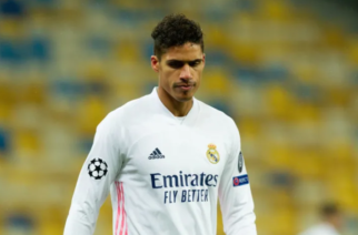 Manchester United rozpoczął negocjacje z Realem w sprawie transferu Varane'a!