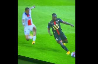 Bandycki atak Kimpembe na rywala w starciu z Rennes! [WIDEO]