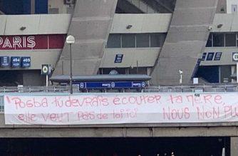 Kibice PSG nie chcą Pogby? Przed stadionem pojawił się specjalny transparent!